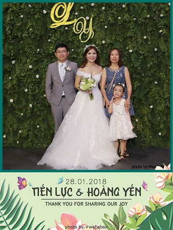Tien-Luc-Hoang-Yen-Wedding-photobooth-instant-print-chup-anh-lay-lien-su-kien-tiec-cuoi-051
