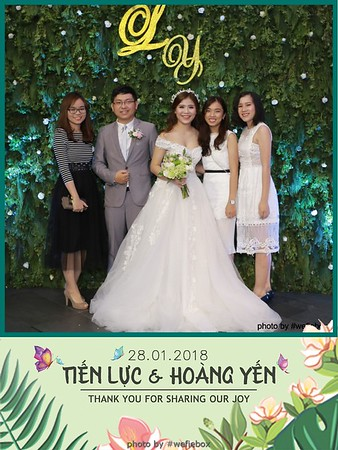 Tien-Luc-Hoang-Yen-Wedding-photobooth-instant-print-chup-anh-lay-lien-su-kien-tiec-cuoi-023