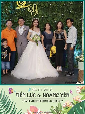 Tien-Luc-Hoang-Yen-Wedding-photobooth-instant-print-chup-anh-lay-lien-su-kien-tiec-cuoi-040