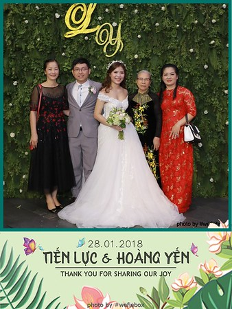 Tien-Luc-Hoang-Yen-Wedding-photobooth-instant-print-chup-anh-lay-lien-su-kien-tiec-cuoi-065