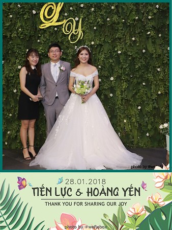 Tien-Luc-Hoang-Yen-Wedding-photobooth-instant-print-chup-anh-lay-lien-su-kien-tiec-cuoi-060