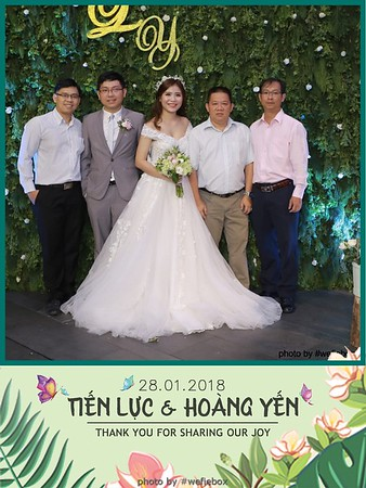 Tien-Luc-Hoang-Yen-Wedding-photobooth-instant-print-chup-anh-lay-lien-su-kien-tiec-cuoi-042