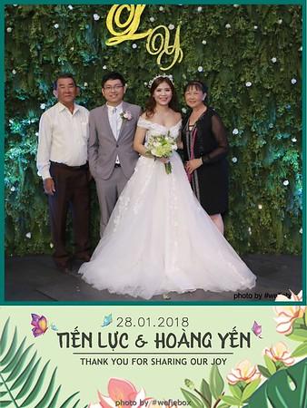 Tien-Luc-Hoang-Yen-Wedding-photobooth-instant-print-chup-anh-lay-lien-su-kien-tiec-cuoi-029