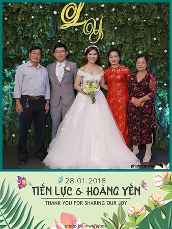 Tien-Luc-Hoang-Yen-Wedding-photobooth-instant-print-chup-anh-lay-lien-su-kien-tiec-cuoi-012