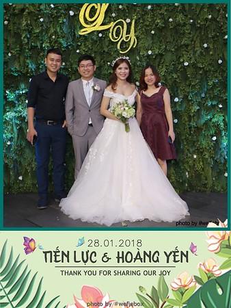 Tien-Luc-Hoang-Yen-Wedding-photobooth-instant-print-chup-anh-lay-lien-su-kien-tiec-cuoi-031