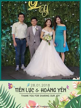Tien-Luc-Hoang-Yen-Wedding-photobooth-instant-print-chup-anh-lay-lien-su-kien-tiec-cuoi-044