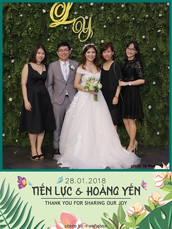 Tien-Luc-Hoang-Yen-Wedding-photobooth-instant-print-chup-anh-lay-lien-su-kien-tiec-cuoi-069