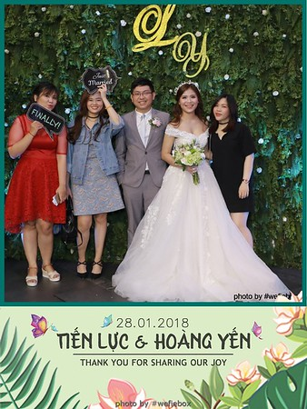 Tien-Luc-Hoang-Yen-Wedding-photobooth-instant-print-chup-anh-lay-lien-su-kien-tiec-cuoi-017