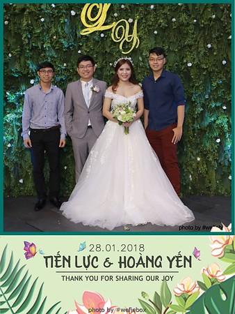Tien-Luc-Hoang-Yen-Wedding-photobooth-instant-print-chup-anh-lay-lien-su-kien-tiec-cuoi-030