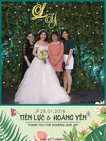 Tien-Luc-Hoang-Yen-Wedding-photobooth-instant-print-chup-anh-lay-lien-su-kien-tiec-cuoi-006