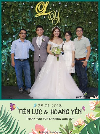 Tien-Luc-Hoang-Yen-Wedding-photobooth-instant-print-chup-anh-lay-lien-su-kien-tiec-cuoi-015