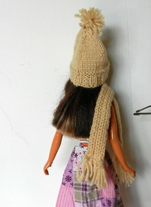 TT Tan Knitted Scarf and Hat back