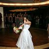 14-Tiffany Eric-Bouquet Garder-Toss 005