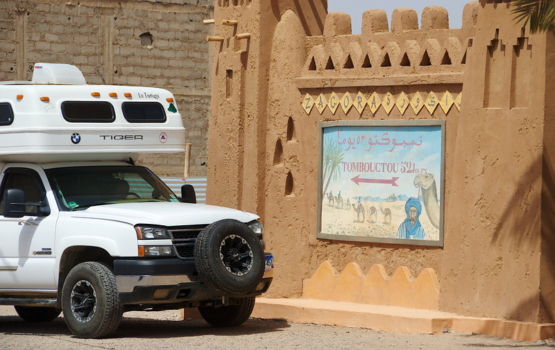 A famous Moroccan sign; 52 days by camel to Tombouctou, aka Timbuktu