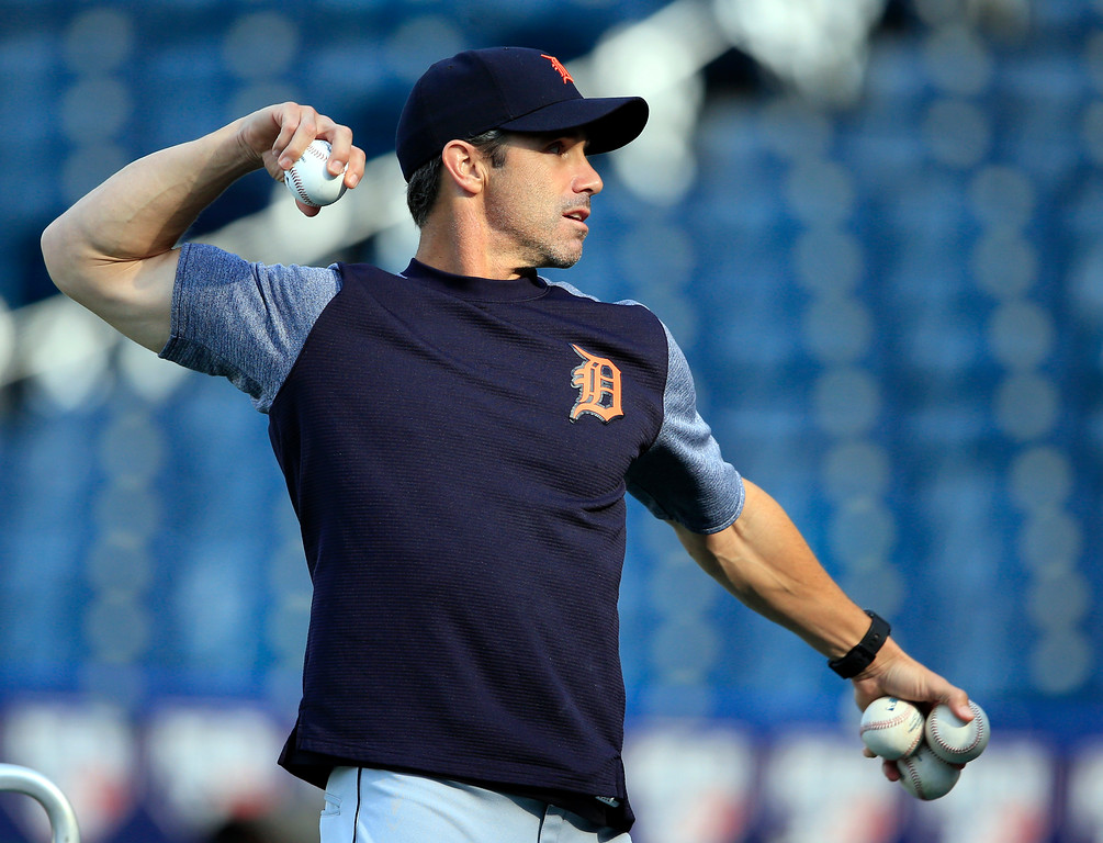 . Detroit Tigers manager Brad Ausmus throws batting practice before the team\'s baseball game against the Kansas City Royals at Kauffman Stadium in Kansas City, Mo., Wednesday, May 31, 2017. (AP Photo/Orlin Wagner)