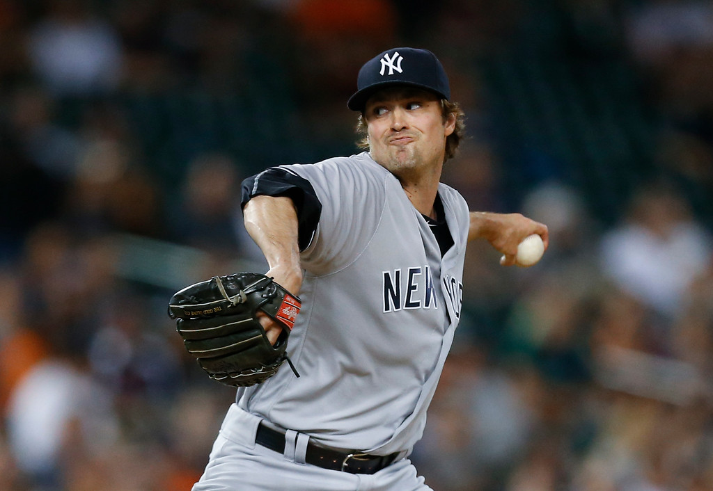 . New York Yankees relief pitcher Andrew Miller throws against the Detroit Tigers in the eighth inning of a baseball game in Detroit, Thursday, June 2, 2016. (AP Photo/Paul Sancya)