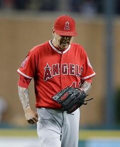 Angels Tigers Baseball