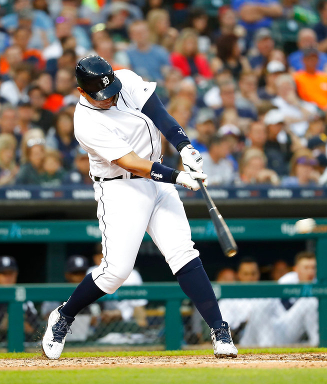 . Detroit Tigers\' Miguel Cabrera singles in the fifth inning of a baseball game against the Toronto Blue Jays in Detroit, Friday, June 1, 2018. (AP Photo/Paul Sancya)