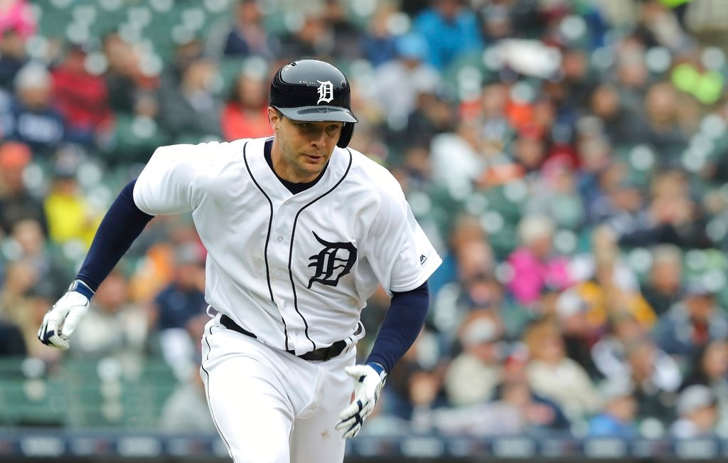 . Detroit Tigers\' Grayson Greiner runs to first during the sixth inning of game one of a baseball doubleheader against the Seattle Mariners, Saturday, May 12, 2018, in Detroit. (AP Photo/Carlos Osorio)