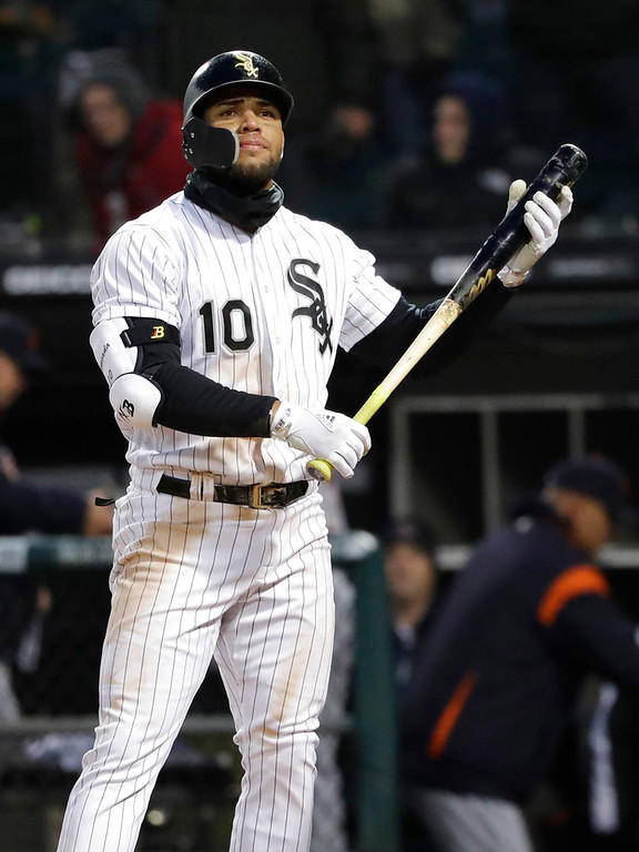 . Chicago White Sox\'s Yoan Moncada reacts after striking out swinging against the Detroit Tigers during the 10th inning of a baseball game Thursday, April 5, 2018, in Chicago. The Tigers won 9-7. (AP Photo/Nam Y. Huh)