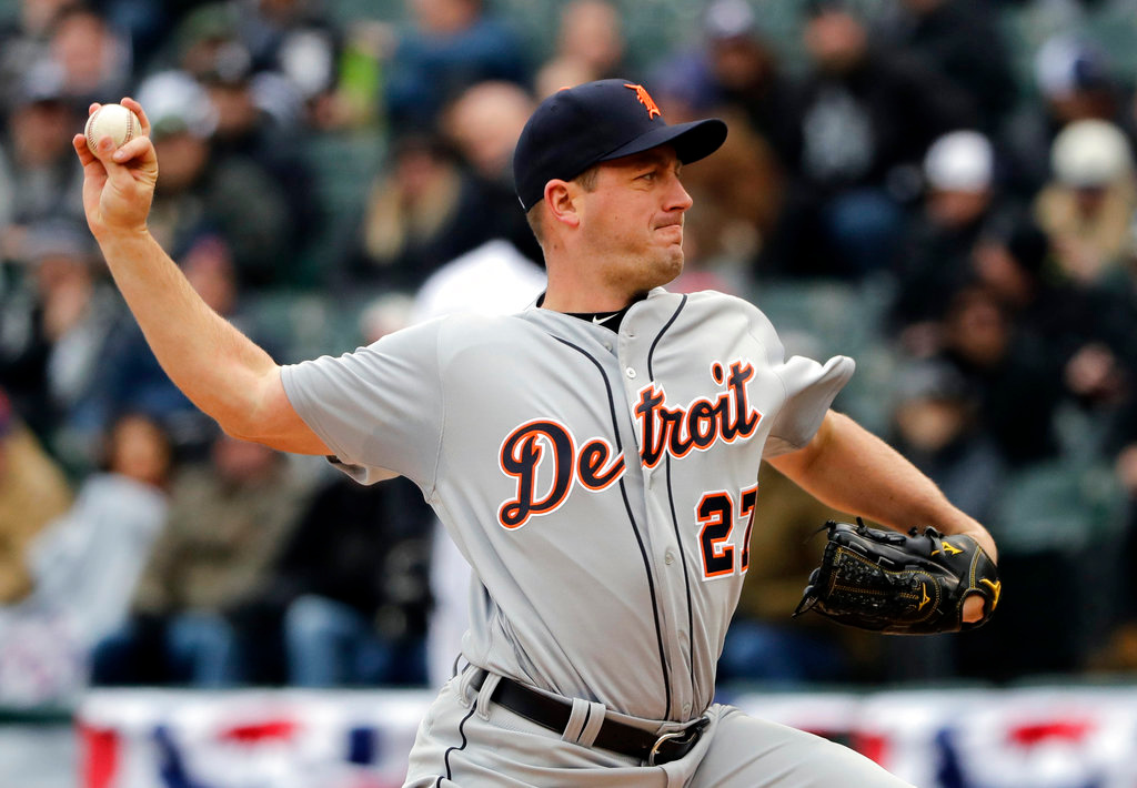 . Detroit Tigers starter Jordan Zimmermann throws against the Chicago White Sox during the first inning of the Chicago White Sox season home-opener baseball game Thursday, April 5, 2018, in Chicago. (AP Photo/Nam Y. Huh)
