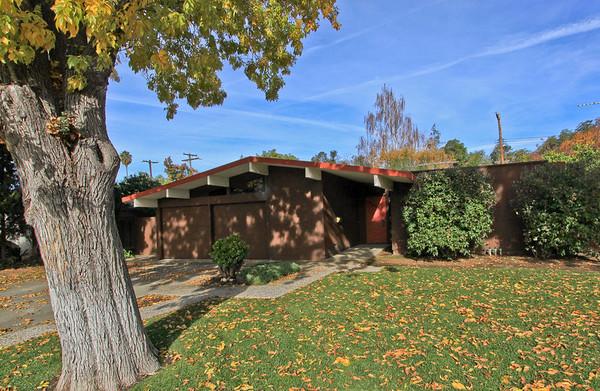 3395 Louis Rd, Palo Alto