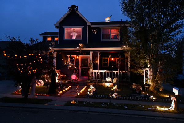 tim kohlers halloween decorative themed house in longmont on wednesday - Halloween Decorated House