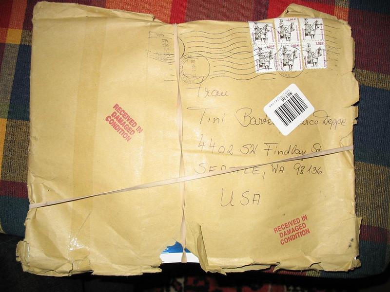 Abgefledderte Post aus Germany