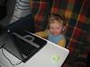 Schlitzohr an Mamas Rechner