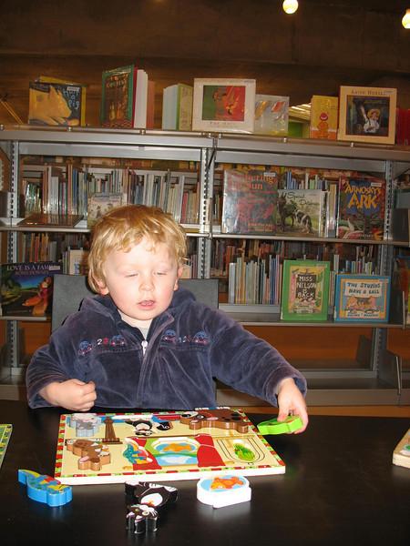Puzzeln in der Library