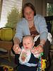 Tim und sein Lieblingsspielzeug: Mama und Sonne