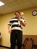 Tim mit Papa beim Unterricht