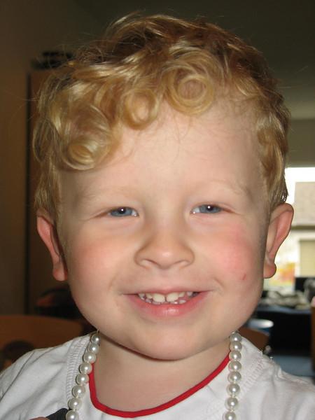 Timmy mit Perlen