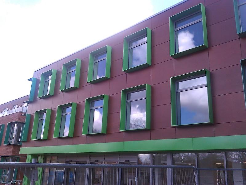 JustFacades.com Parklex Wallington- shotfield Health Centre (5).jpg