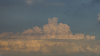 2014-06-10-Distant-Clouds-01_ProRes-444_1080p_30_UHQ