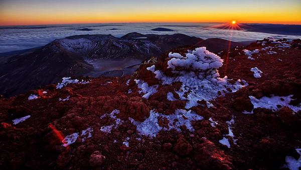 Mount Ngauruhoe Summit Sunrise Timelapse