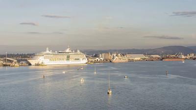 Cruise Ship Leaving Tauranga Harbour