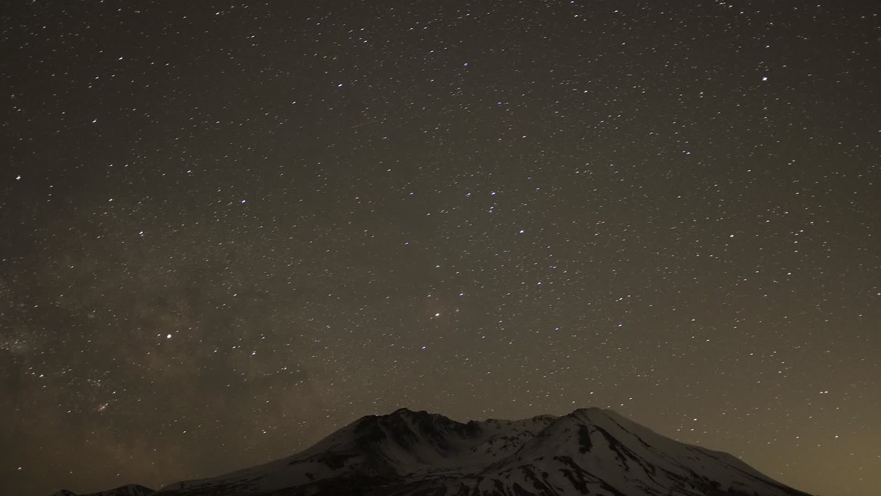 Milky Way over Mt St Helens