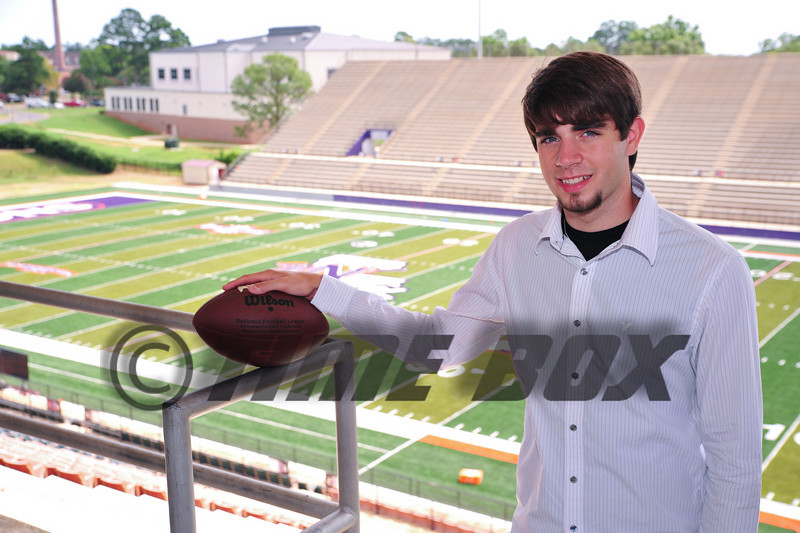 Alex Shelton 2009 Senior-6291