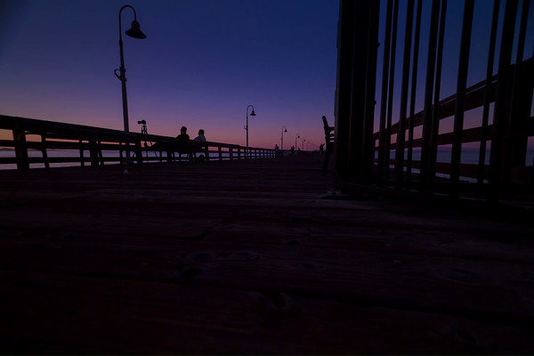DTL Sunrise on Ventura Pier