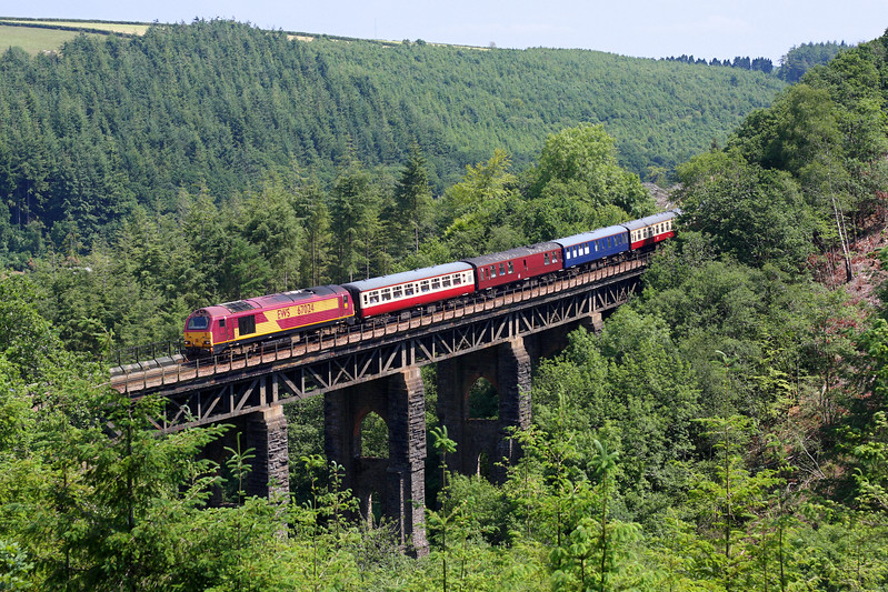 67024 on East Largin Viaduct