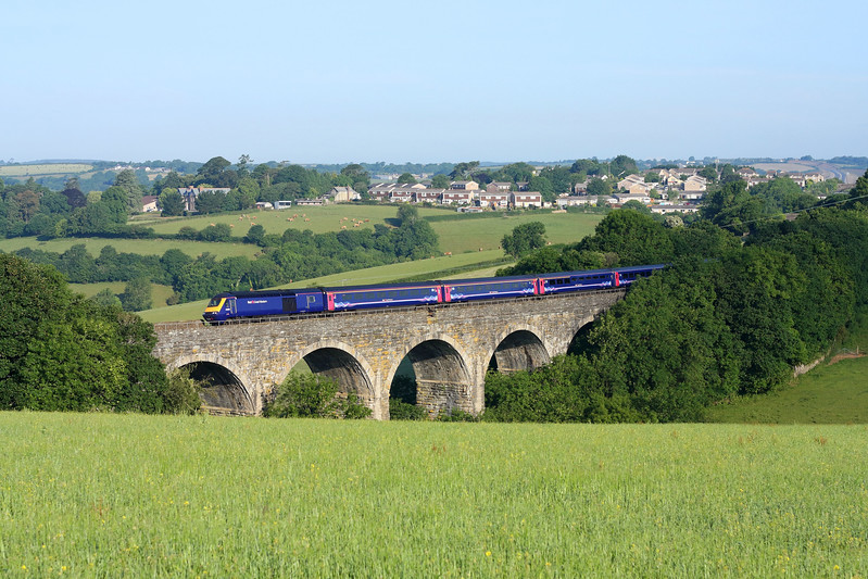 43150 on Bolitho Viaduct