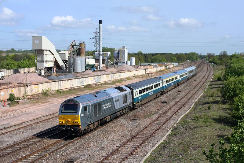 67015 at Banbury