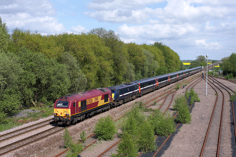 67026 & 91113 at Gascoigne Wood