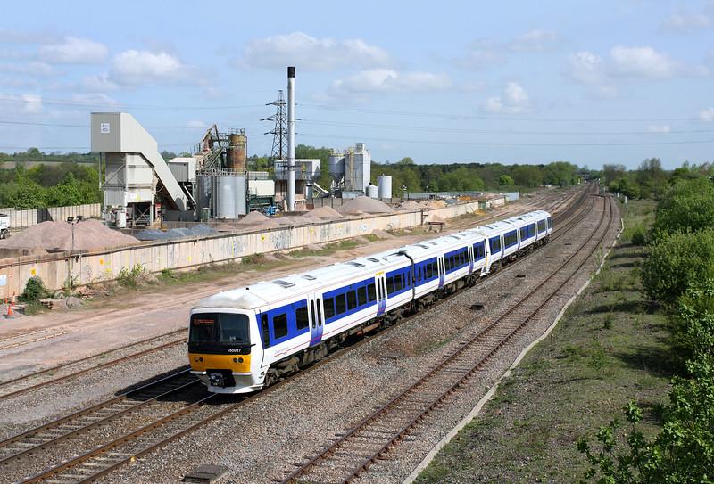 165027 & 165020 at Banbury