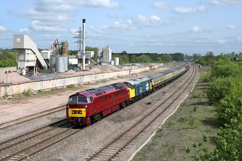 D1015 & 40145 at Banbury