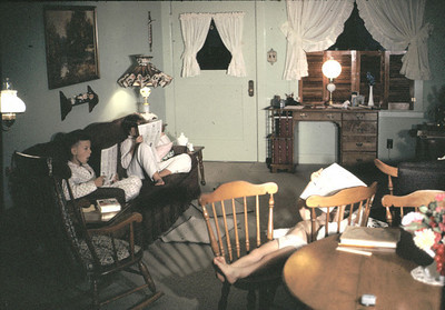 19630601_rancho_livingroom