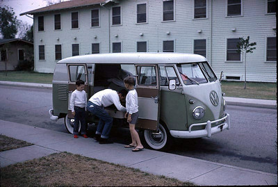 19640601-Smiths-van-alex-gary2.jpg