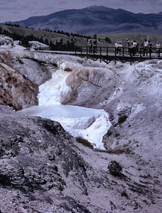19660601_near_hot_springs_y