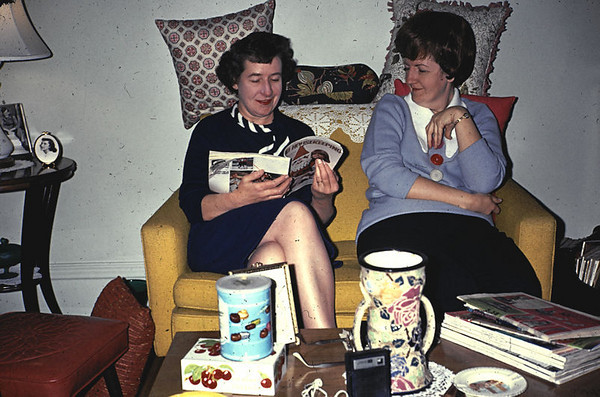 19671121_catherine_and_pat_
